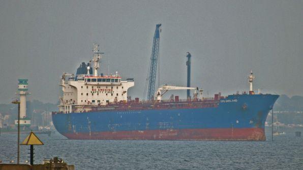 tanker-cpo-england