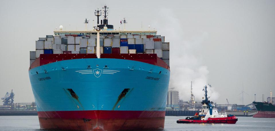 danish-containership-carsten-maersk-is-t